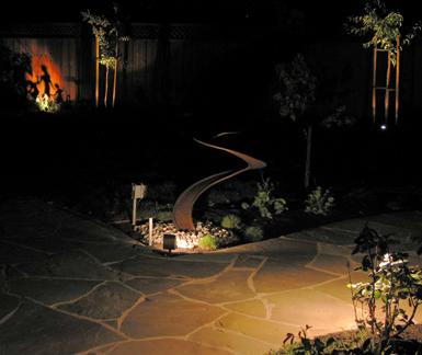 Convolution, a steel water sculpture by Phoenix artist Kevin Caron.