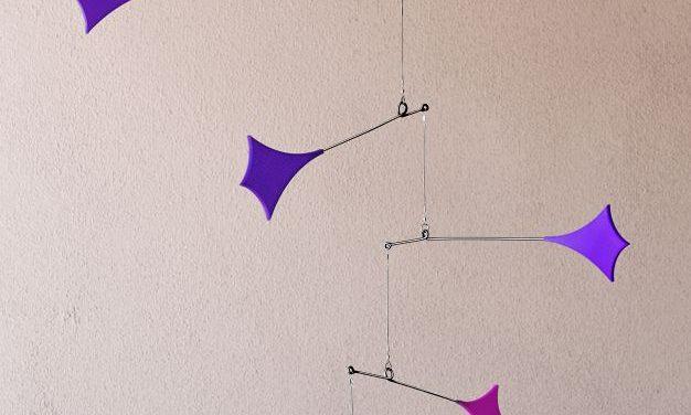 Flying Rhombi