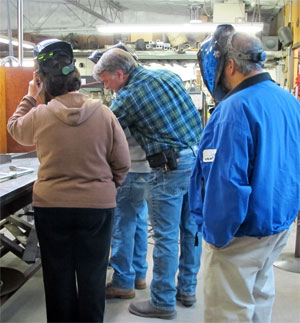 Sculptor Kevin Caron with members of the Arizona Artists Guild Sculpture Group