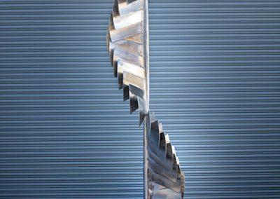 Finn, a contemporary kinetic sculpture - Kevin Caron